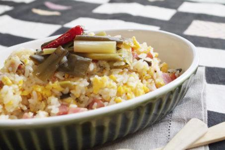 《焼き九条ねぎピクルス》のシャキトロ炒飯