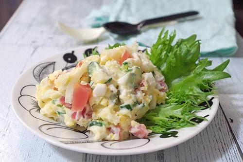 《金時にんじんのピクルス》のカリコリポテトサラダ
