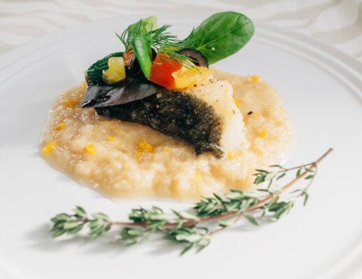 《アロマドレッシング (ゆず&山椒&白みそ)》白身魚のムニエル
